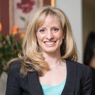Dr Raelia Lew