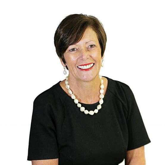 Dr Lesley Andrews